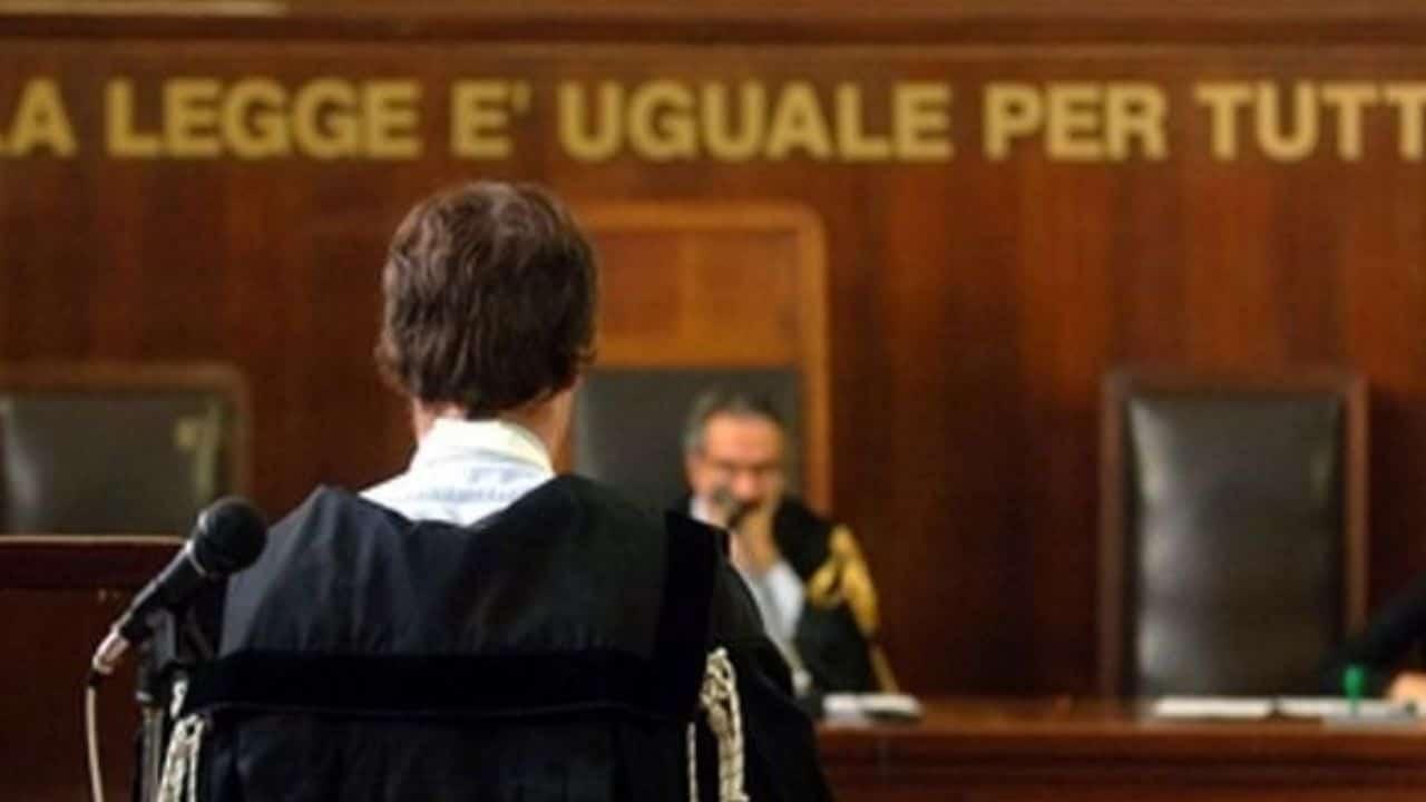 Traffico oro Italia Svizzera: caso chiuso, condannati anche