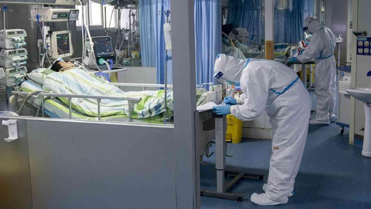 Coronavirus, reparti in terapia intensiva in grave difficolt