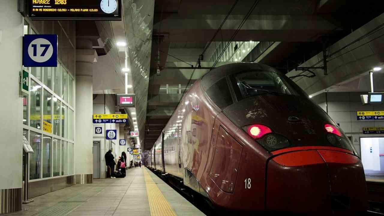 """""""Conosco il paziente zero"""", panico su un treno fermato a Bol"""