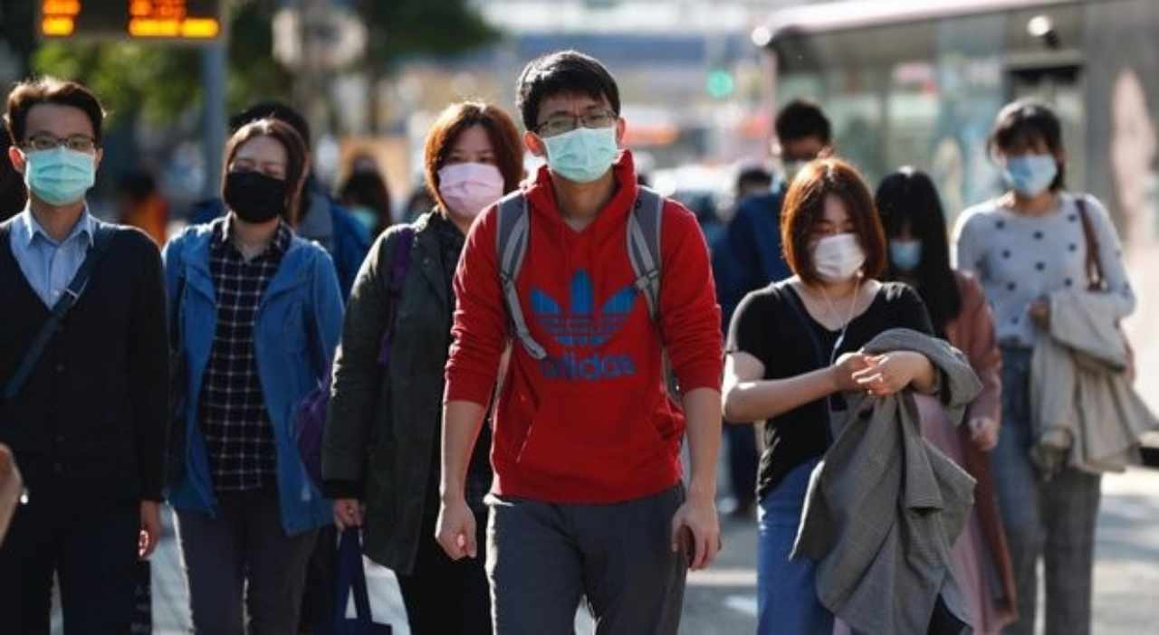 Coronavirus. Finita la 'prigionia' per i non residenti a Wuh
