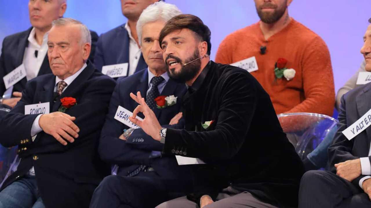 Armando Incarnato critiche ai politici