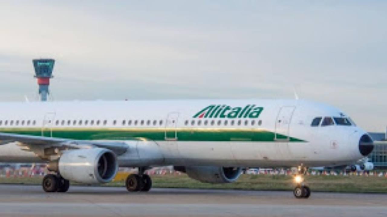 Alitalia, numeri inquietanti nel 2019: il 'rosso' è quasi ra