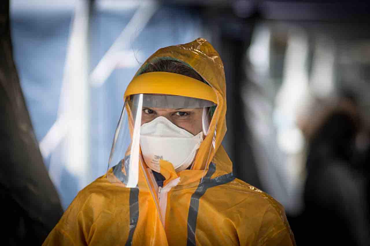 Coronavirus, Martella- sanzioni per evitare diffondersi fake news (Getty) - meteoweek.com