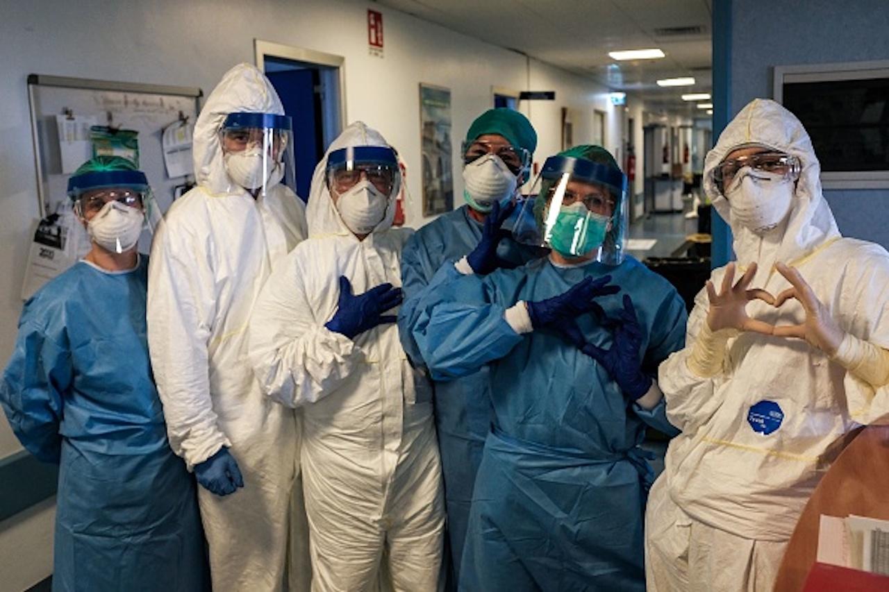 Coronavirus, Ricciardi-Ci sarà un aumento dei casi al Centro-Sud (Getty) - meteoweek.com