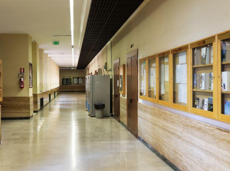 Coronavirus, scuole rimangono chiuse: ipotesi corsi recupero a settembre
