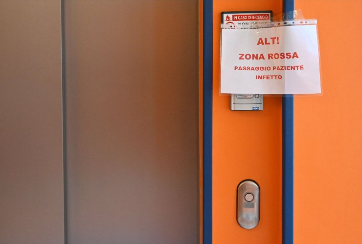 coronavirus Milano stop autopsie