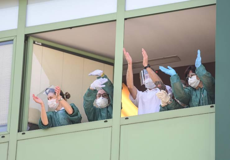 coronavirus infermieri