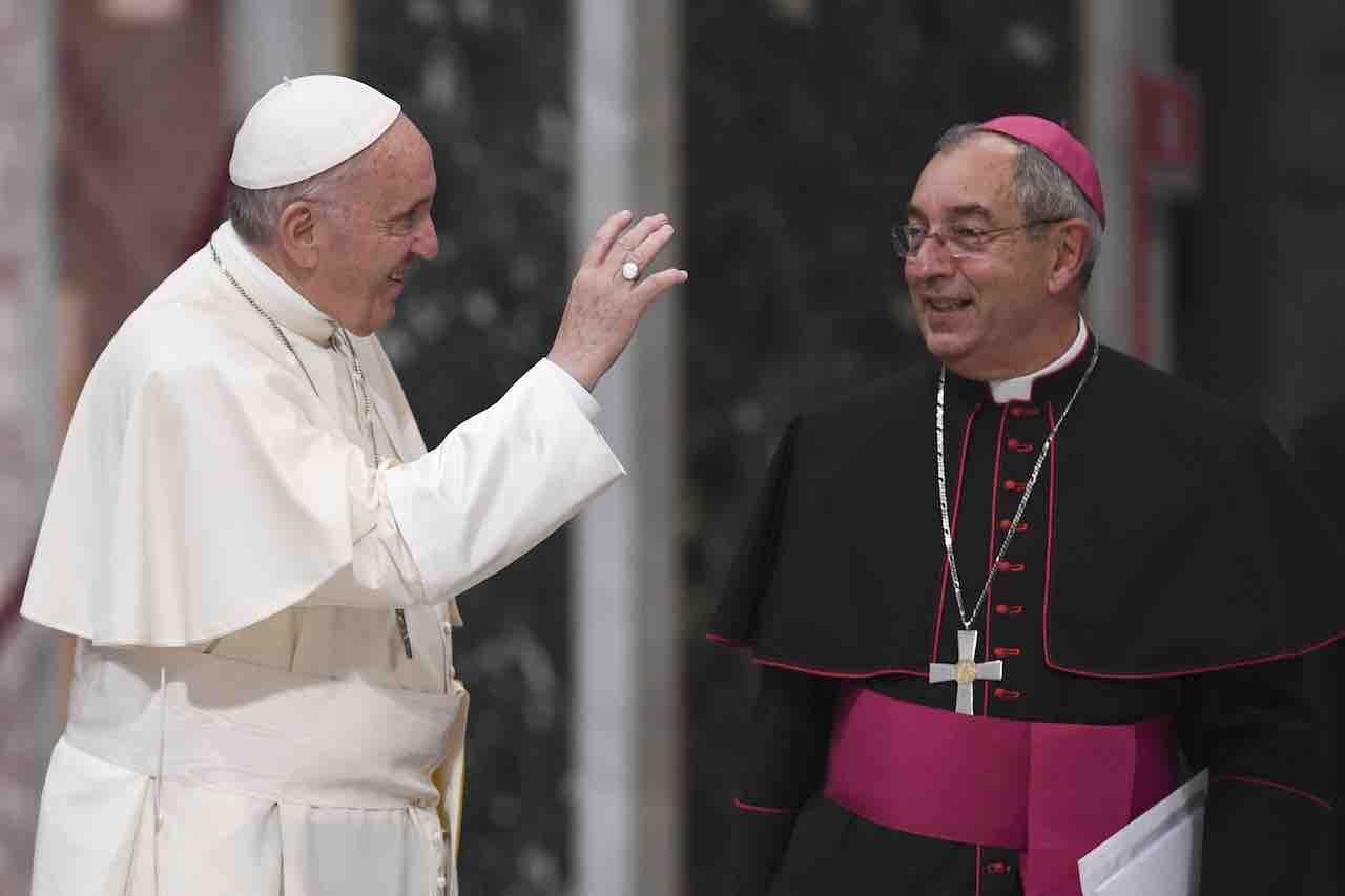 Coronavirus: positivo il cardinale vicario di Roma | paura p