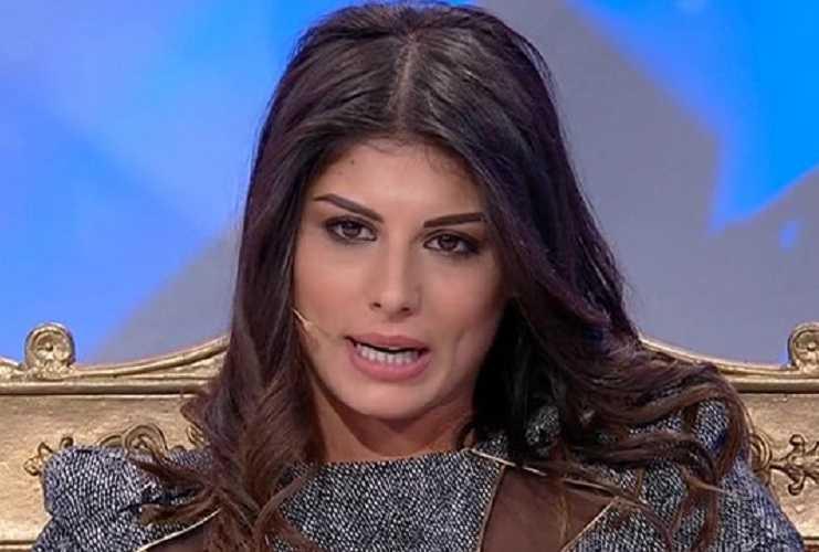 Giulia Cavaglià tradisce ancora