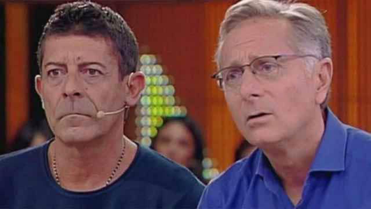"""Luca Laurenti, che fine ha fatto? Parla Bonolis: """"Vive isola"""