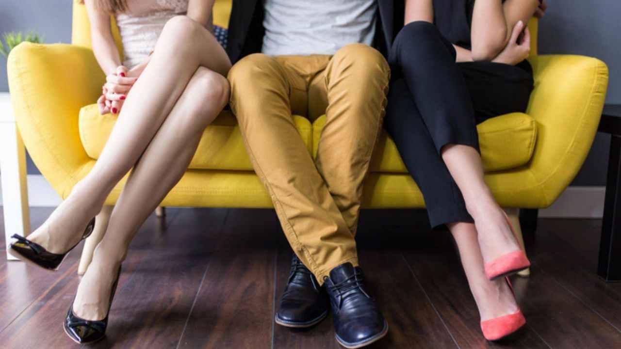 Come capire se il partner ti tradisce durante il Coronavirus
