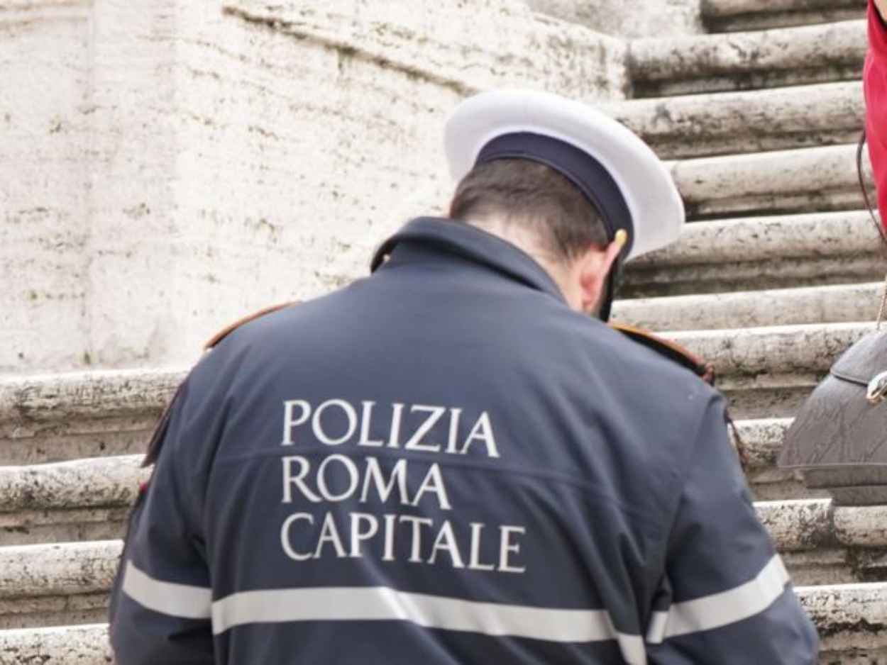 CORONAVIRUS diffida vigili roma