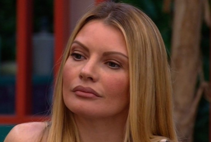 Antonella Elia attaccata da Antonella Mosetti: