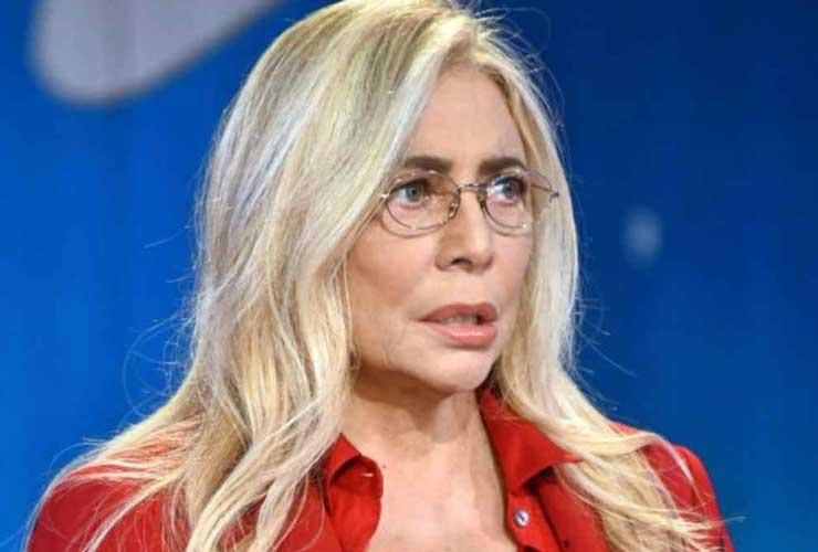 Mara Venier annuncia la sospensione di Domenica In