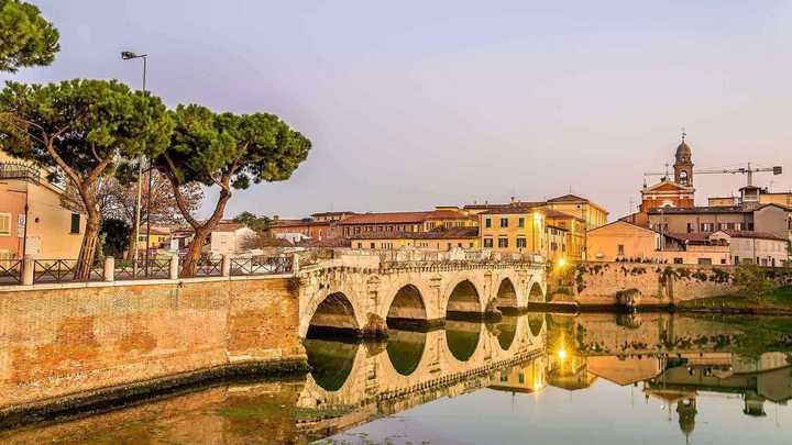 Meteo Rimini oggi mercoledì 1 aprile: cieli sereni