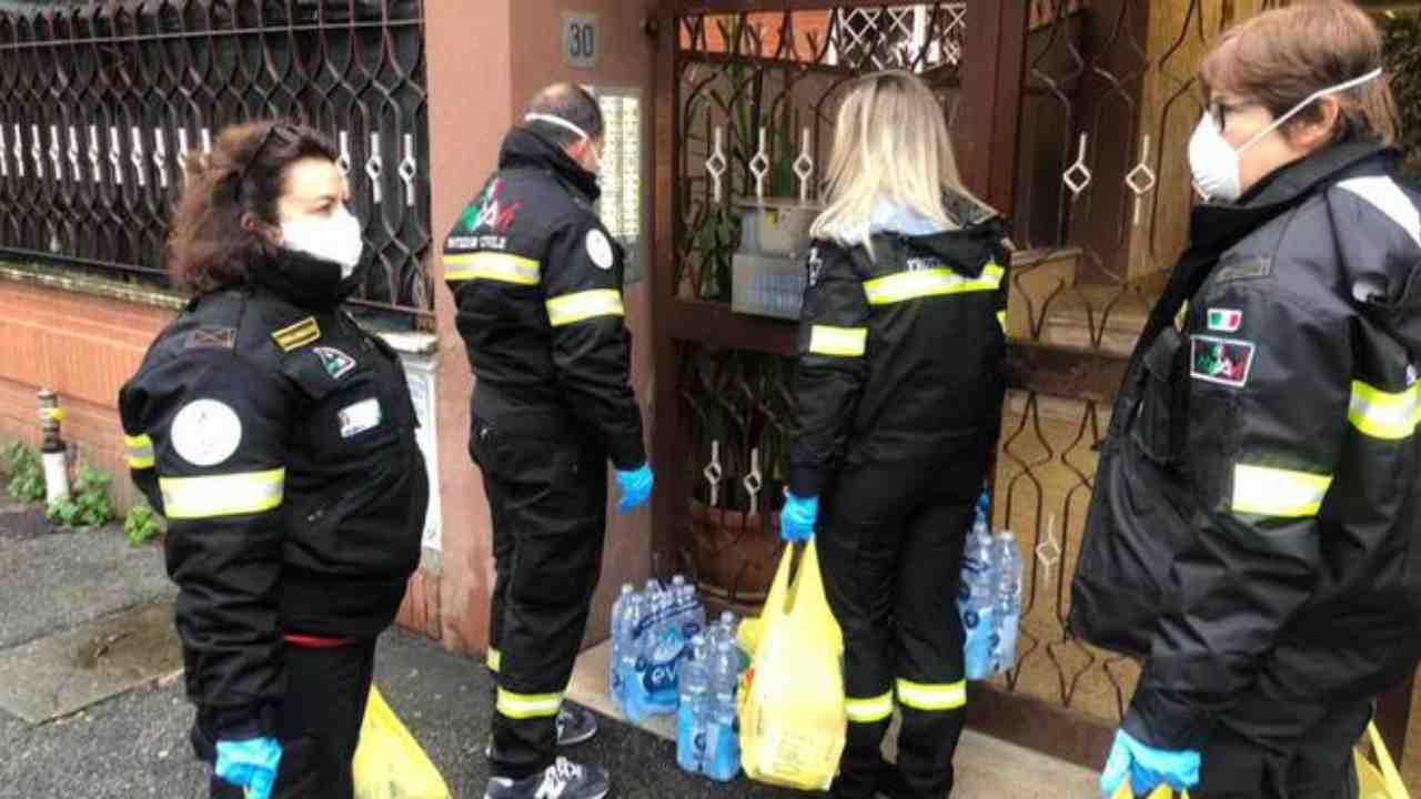 Coronavirus, a Roma aiuti alimentari per le famiglie povere