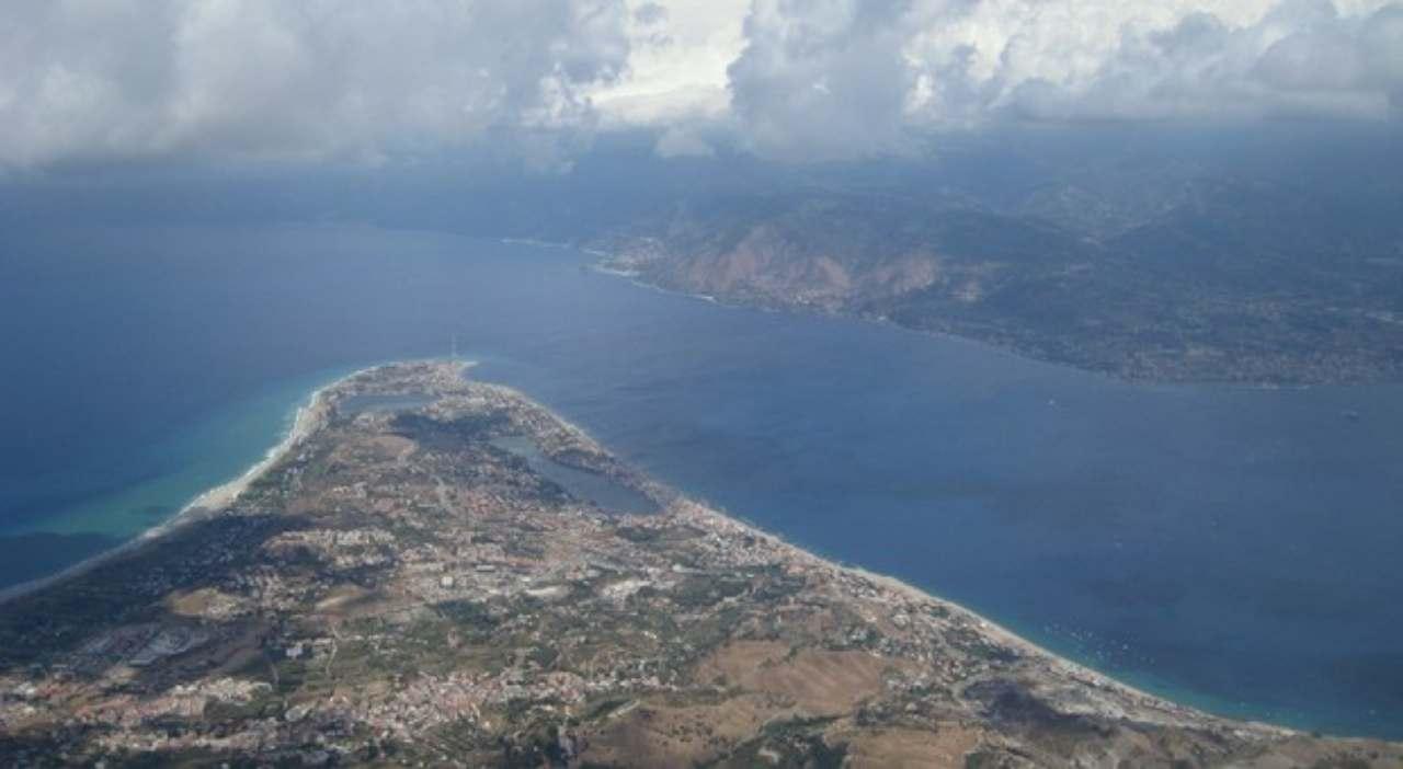 Coronavirus la Sicilia si blinda: chiuso Stretto di Messina
