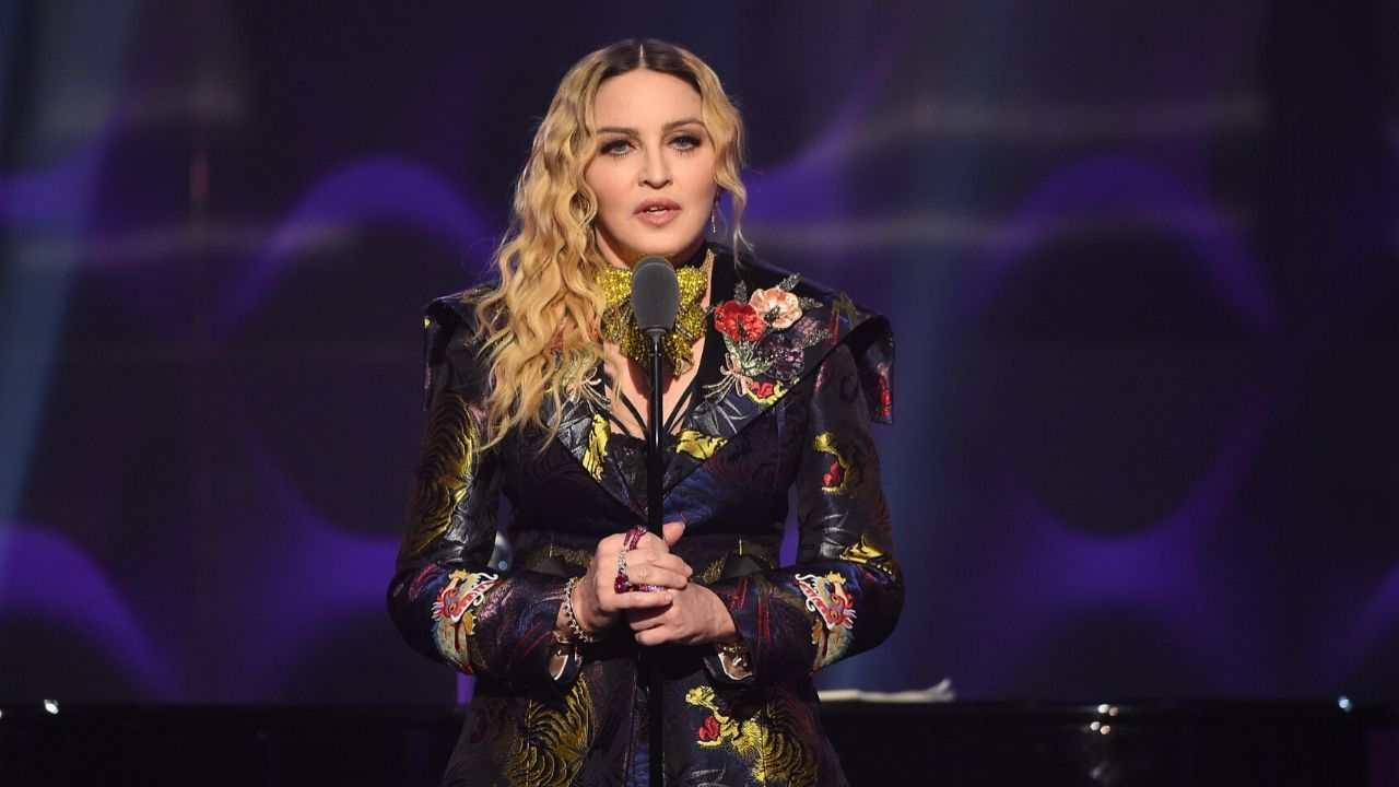 Coronavirus, la cantante Madonna lo aveva previsto? Il detta