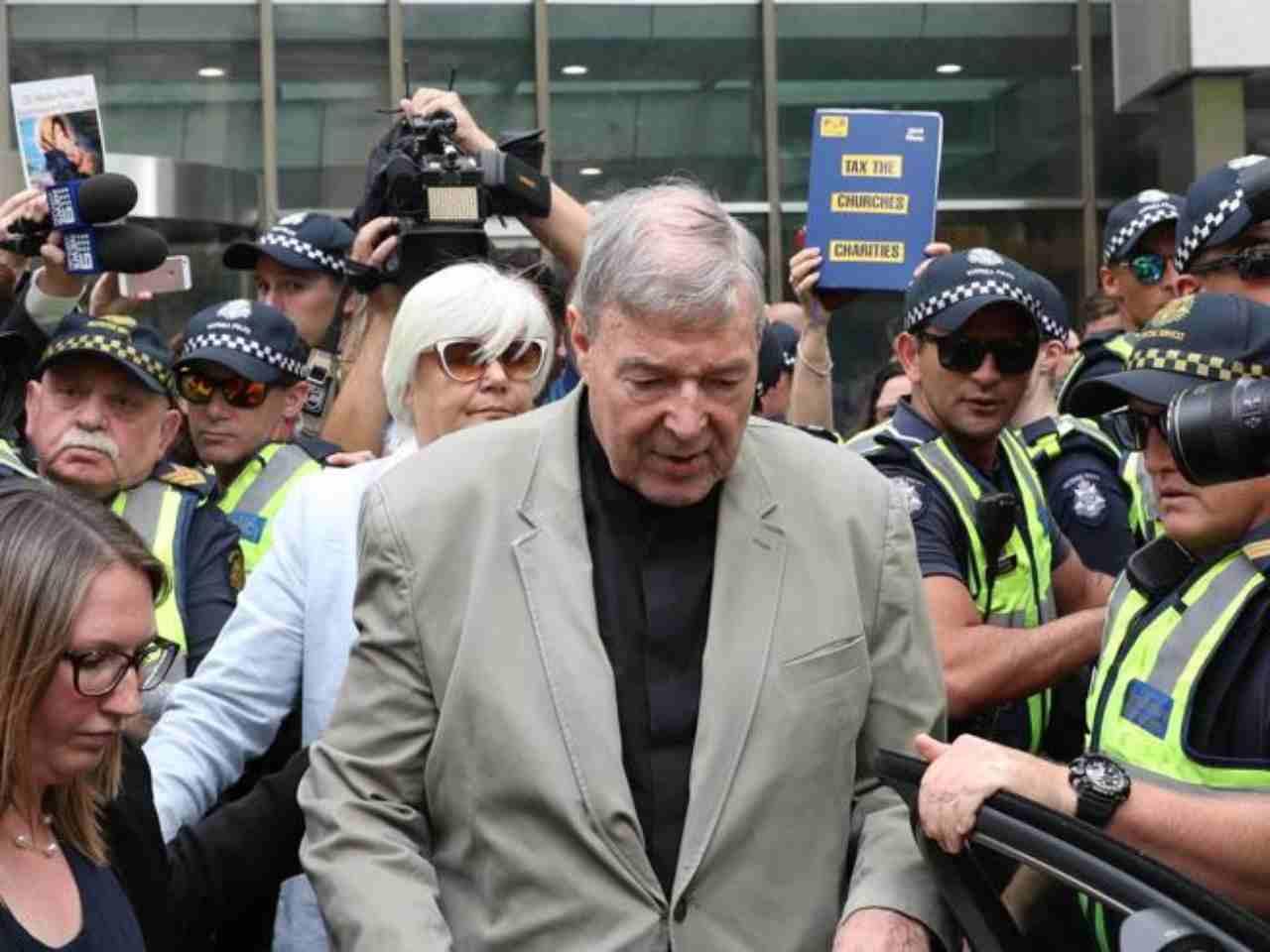 Pedofilia: libero il cardinale Pell, doveva scontare 6 anni