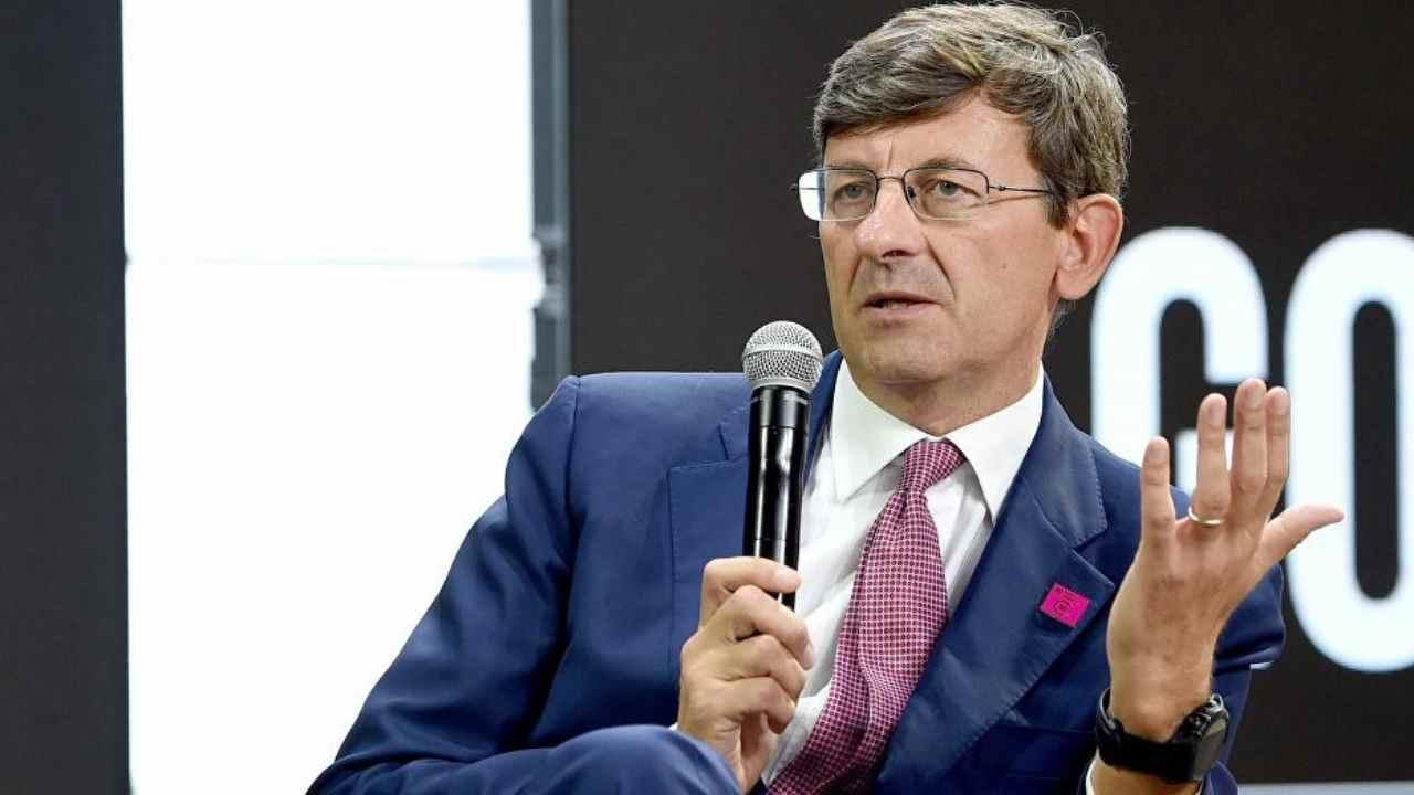 Vittorio Colao chi è | carriera e vita privata dell'ex amministratore Vodafone - meteoweek