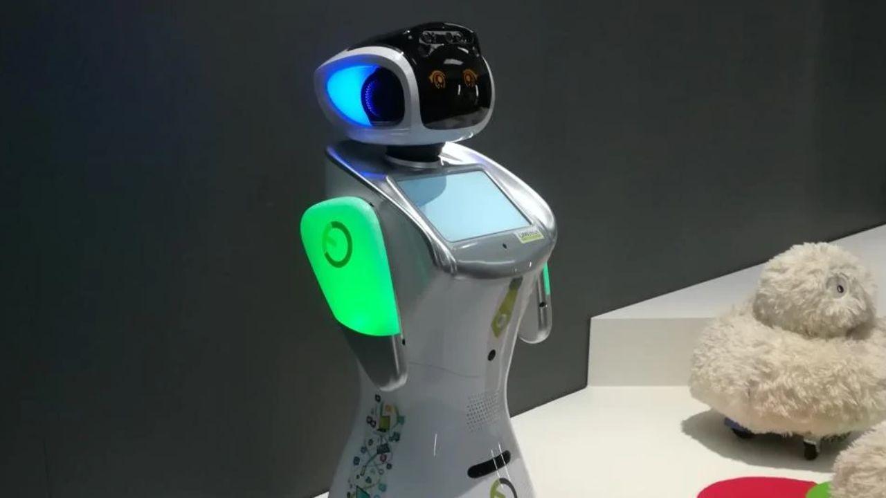 robot coronavirus ospedale varese