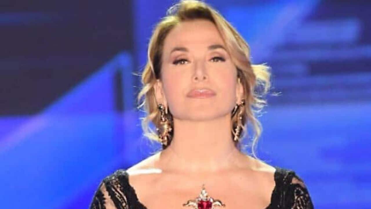 Barbara D'Urso perde la pazienza con l'ospite, stop in diret