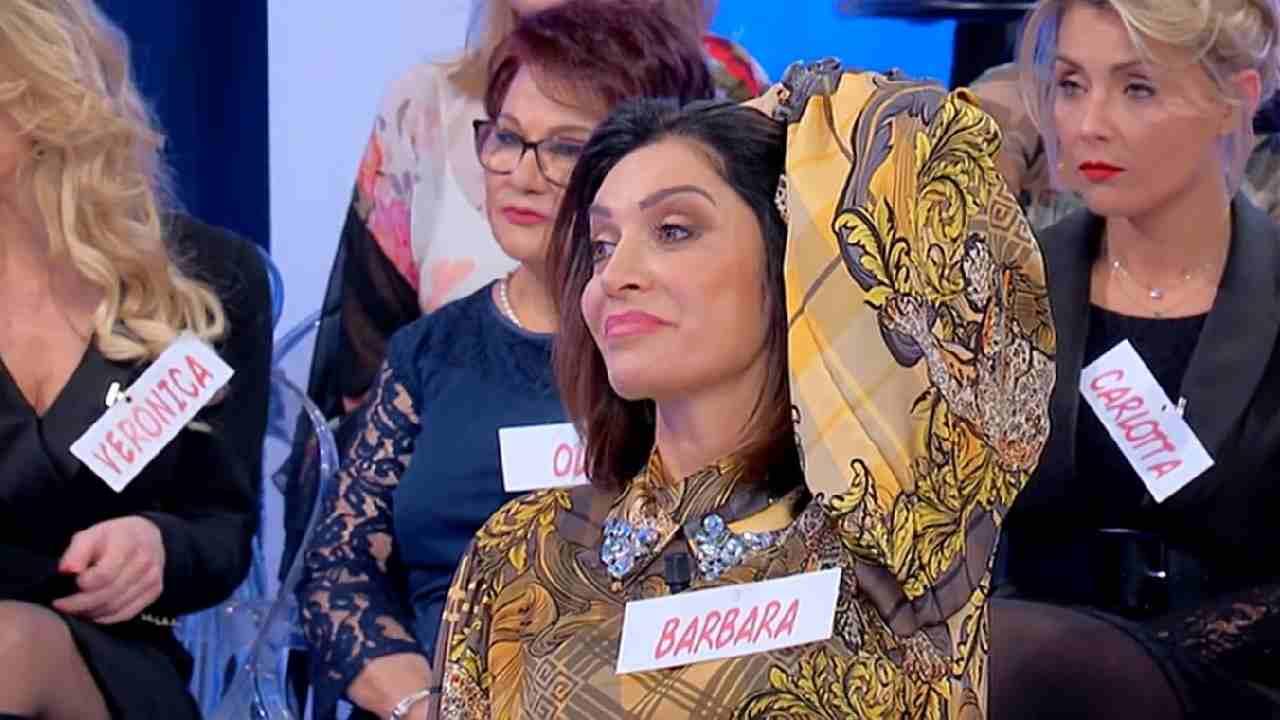 Barbara De Santi invidiosa di Gemma | Dama rifiutata e abban