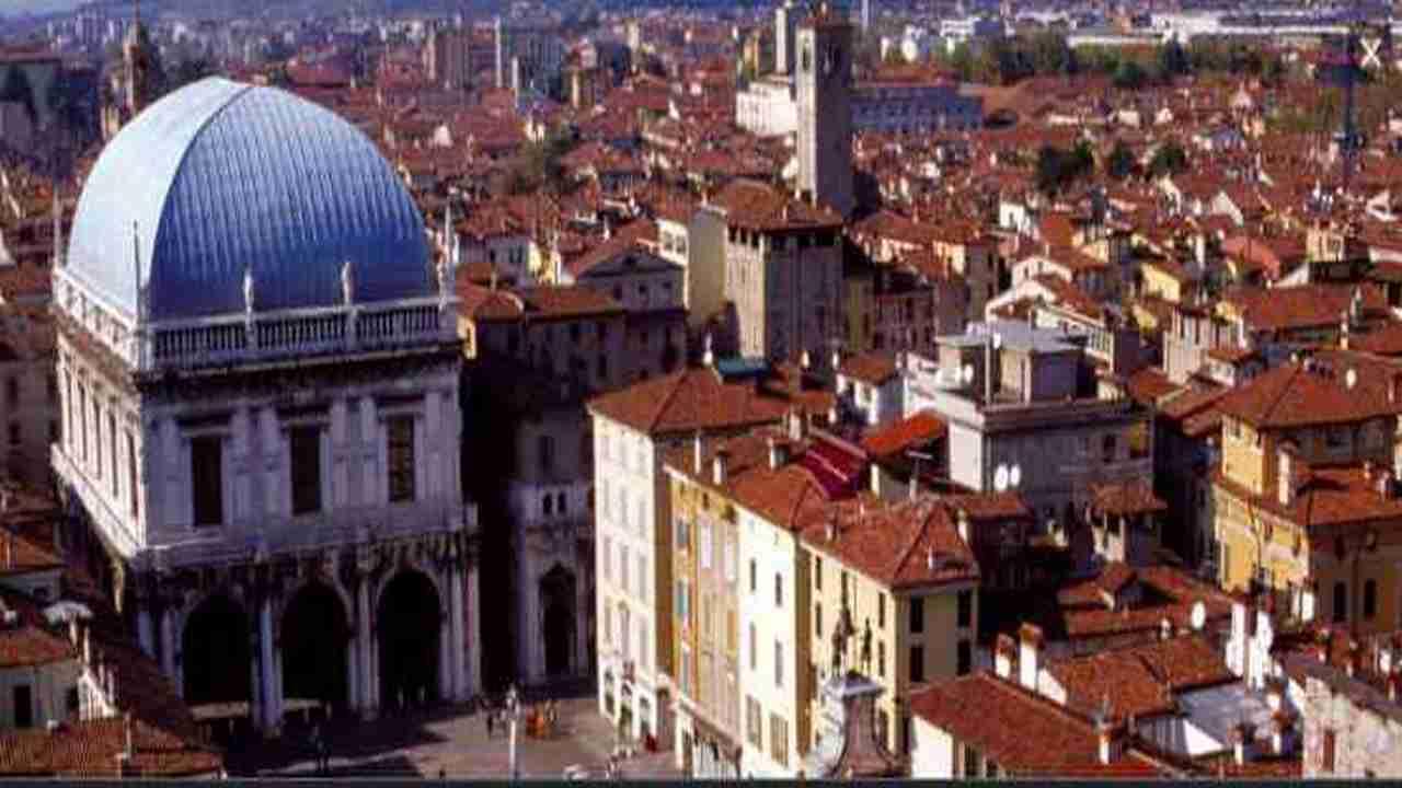 Meteo Brescia oggi lunedì 25 maggio: cielo sereno