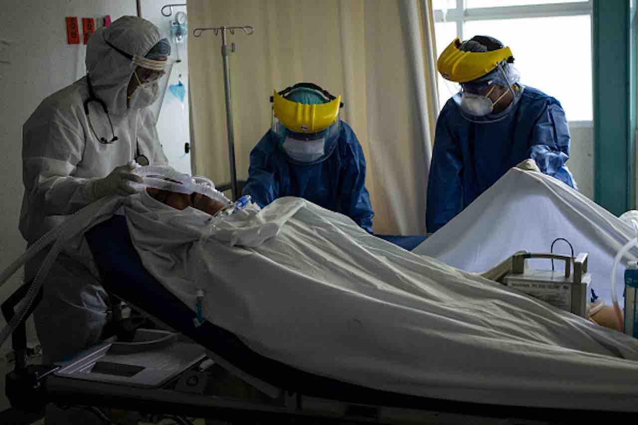 11 mila casi in 24 ore: il Coronavirus esplode in America Latina