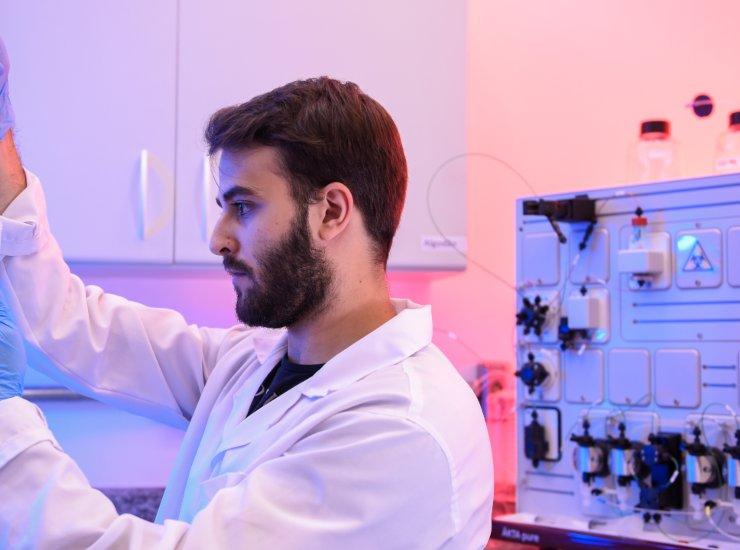 Corovavirus vaccino negli Usa |superati bene i primi test sull'uomo