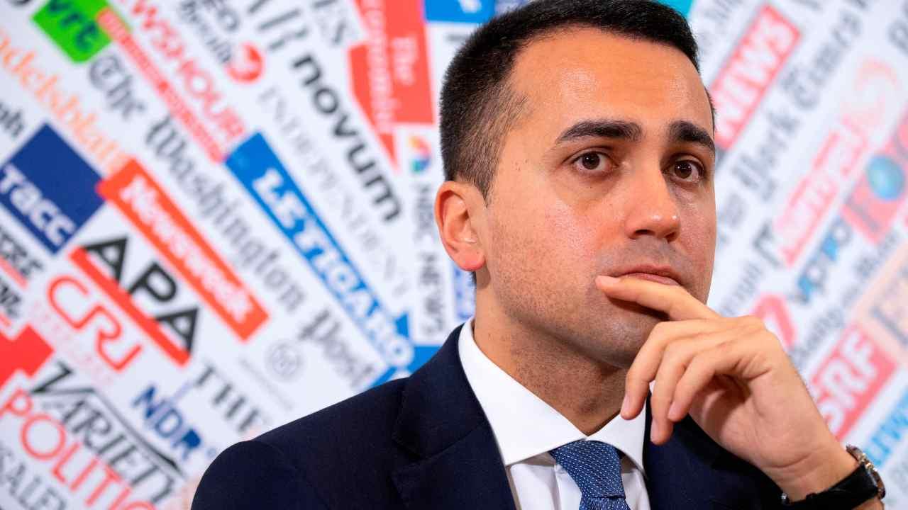 Frontiere chiuse per l'Italia? Di Maio: non siamo un lazzare