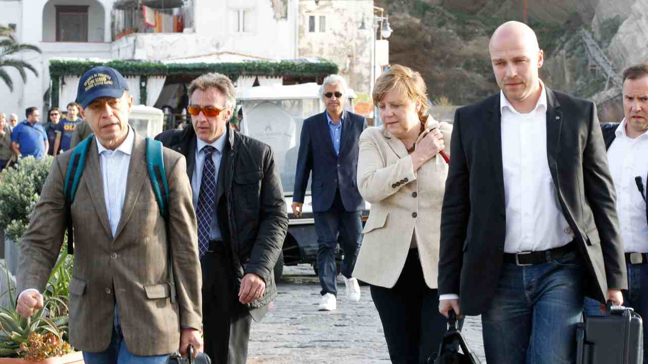 Angela Merkel prepara le vacanze ad Ischia: