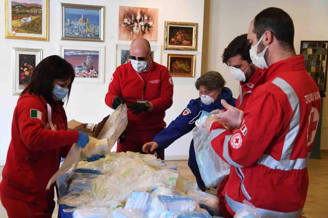 Fase 2, partite le chiamate dalla Croce Rossa per i test sie