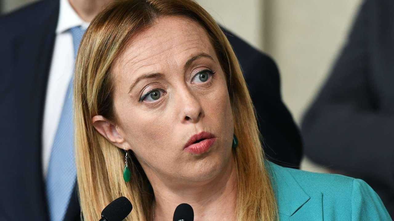 """Meloni attacca il Fatto Quotidiano: """"Pur di attaccarmi si smentisce da solo"""""""