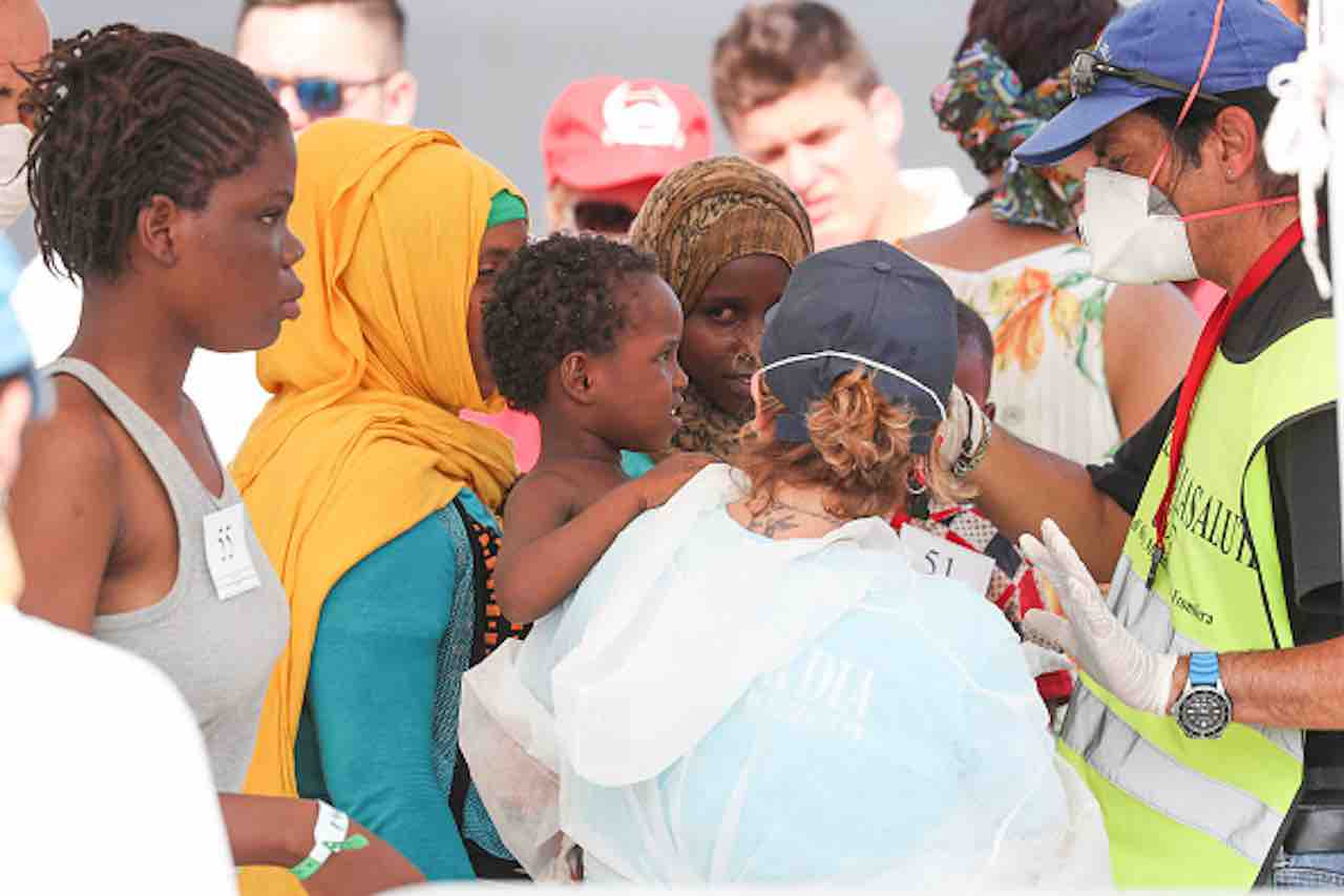 """Migranti, Mareamico: """"sbarco fantasma, drone trova pescherec"""
