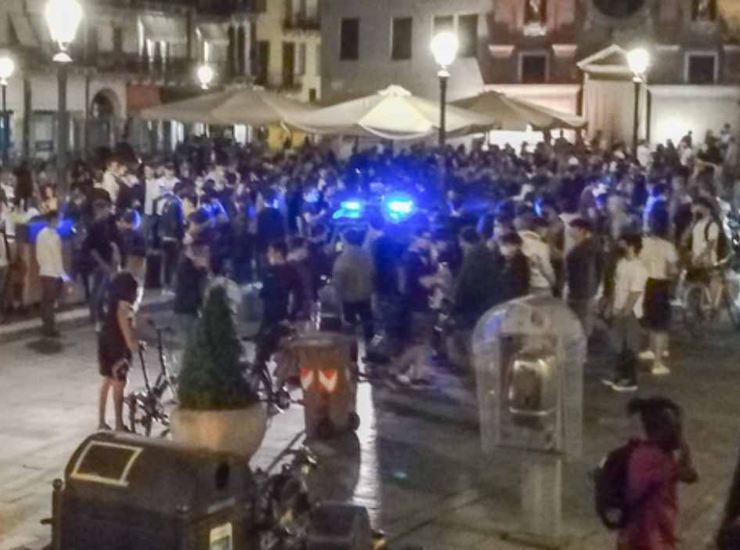 Movida in piazza, residenti furiosi: abbiamo trascorso una notte infernale