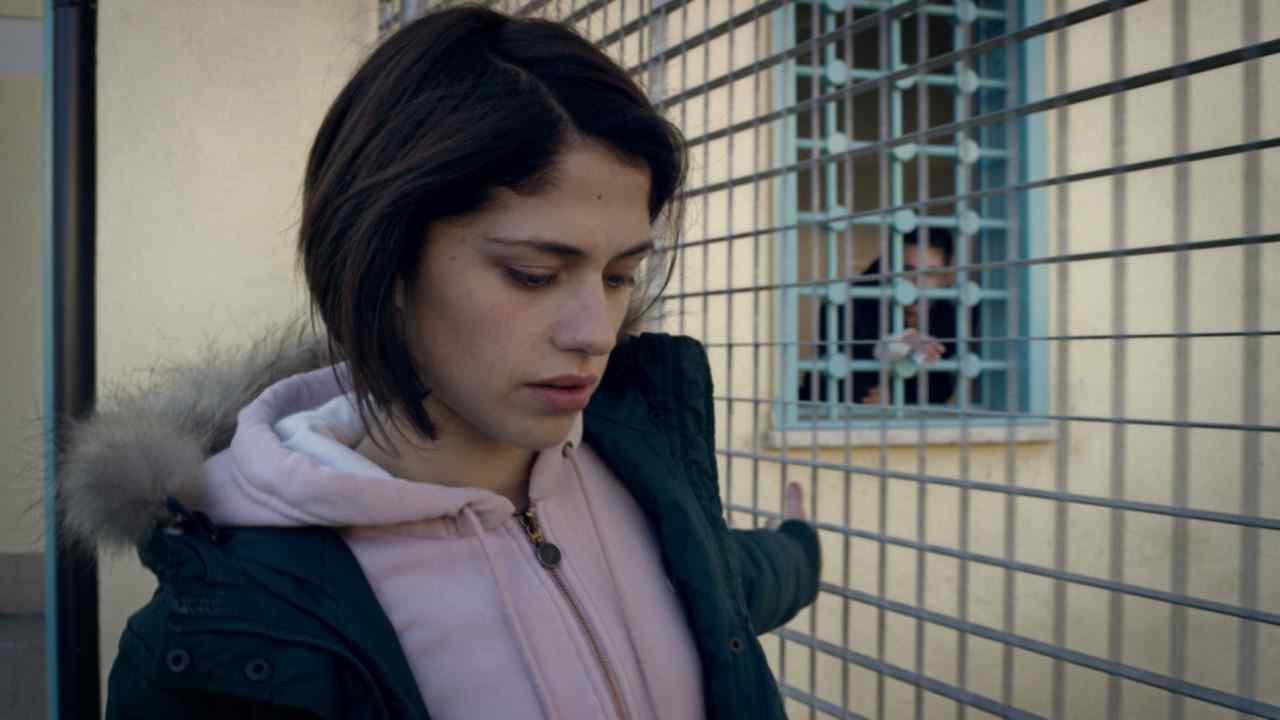 Stasera tv   26 maggio   Fiore, storia d'amore in un carcere minorile