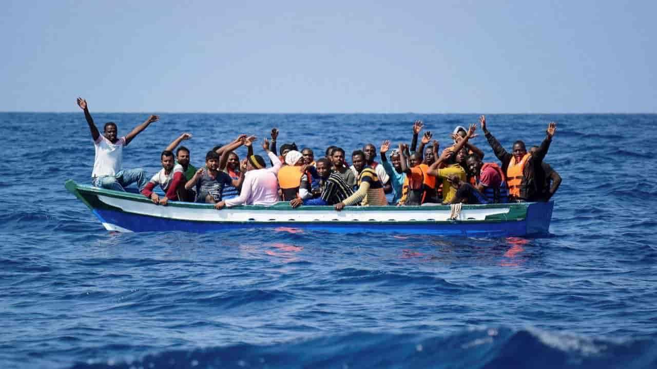migranti alarm phone non lasciateli annegare