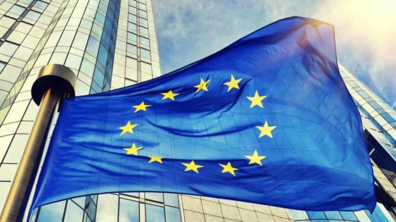 Recovery fund, Ue emette debito da 750 miliardi da restituir
