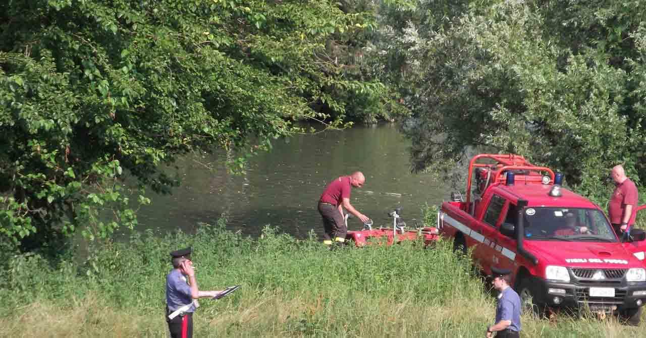 Il fiume Bacchiglione restituisce un corpo