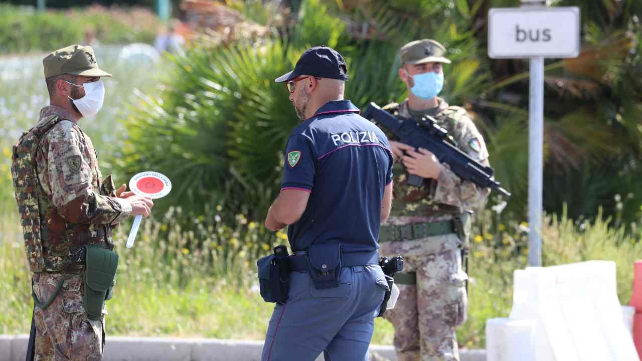 Uomo di 64 anni uccide l'ex in Austria, poi fugge in Italia