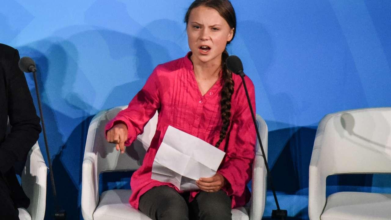 Brutalità polizia Usa, Greta: per quanto tempo resteremo a g