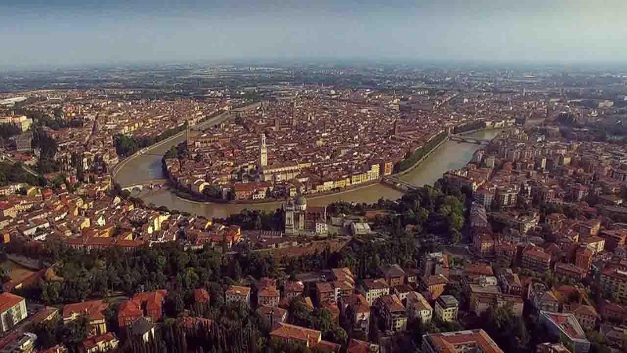 Meteo Verona domani martedì 2 giugno: poco nuvoloso