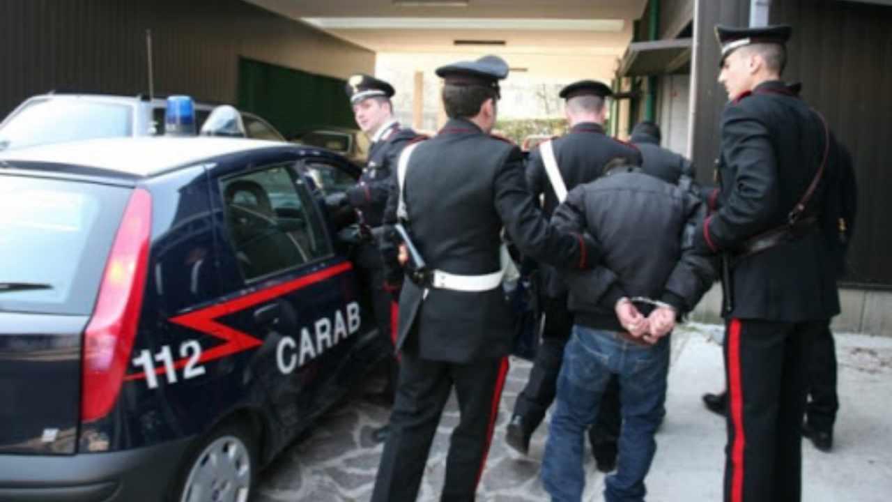 Duro colpo per la Sacra Corona Unita leccese: 9 arresti