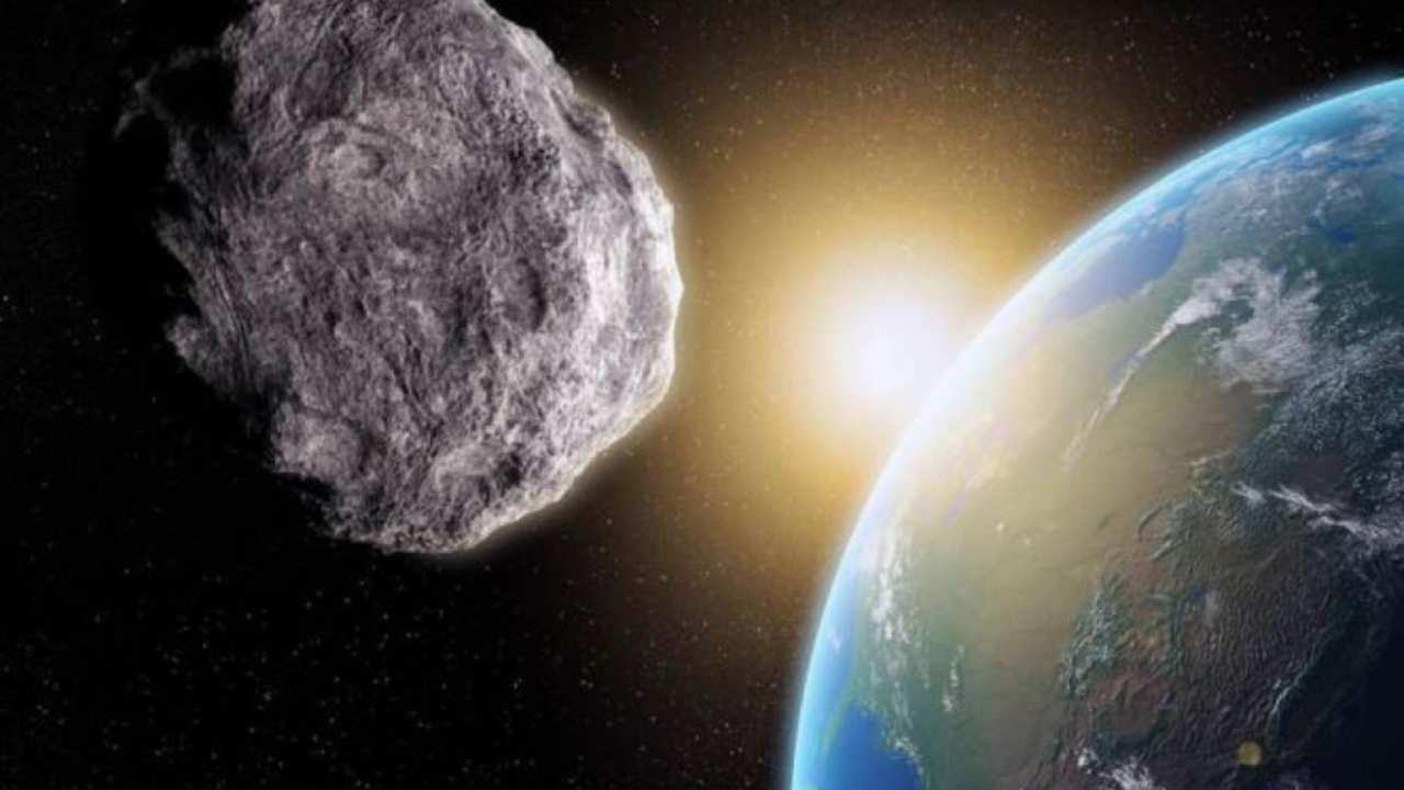 Sabato un asteroide sfiorerà la Terra: ha una grandezza oltr