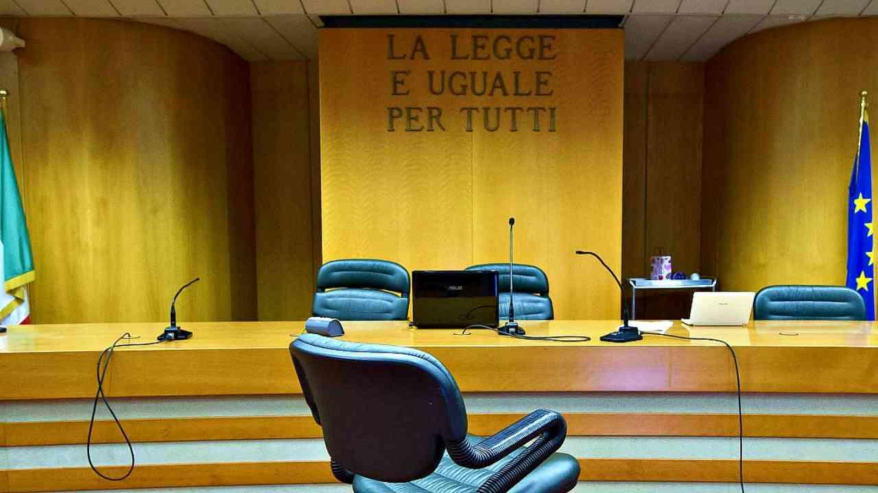 Genitori di 13enne transgender in Tribunale: chiedono cambio