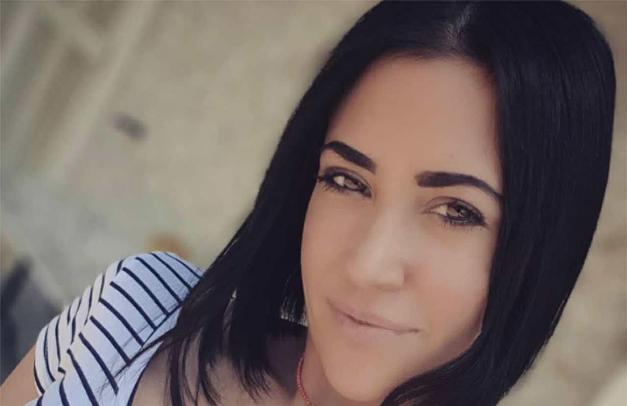 Miss Claudia Ruggeri esplosiva in intimo rosso: la foto h0t