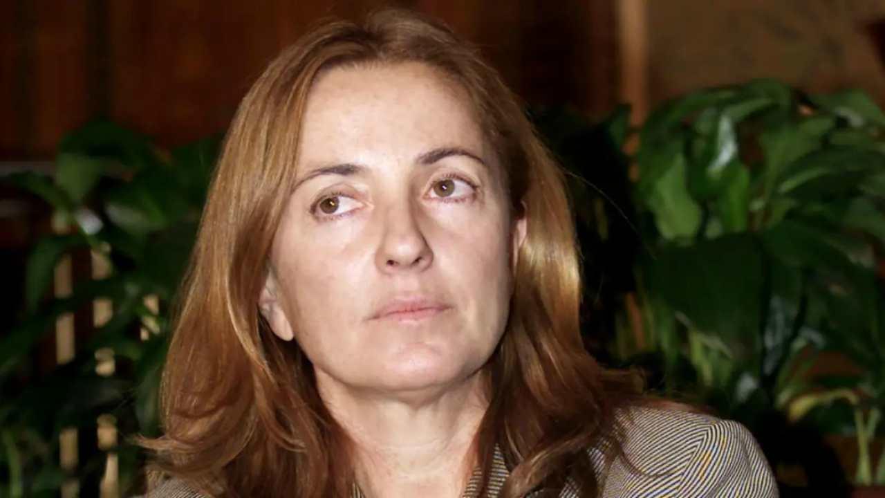 """Barbara Palombelli straziante confessione: """"Me lo ha portato"""