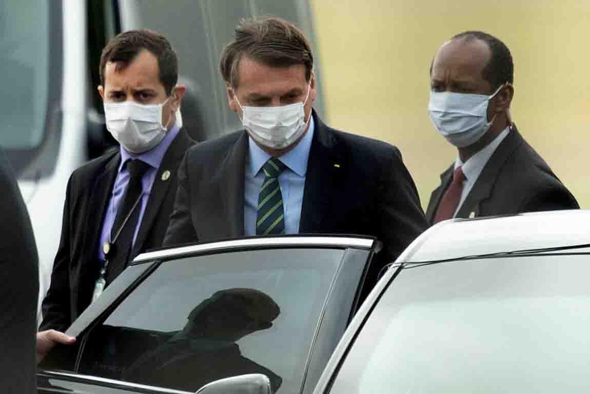 Brasile, Bolsonaro malato: sintomi compatibili con il corona