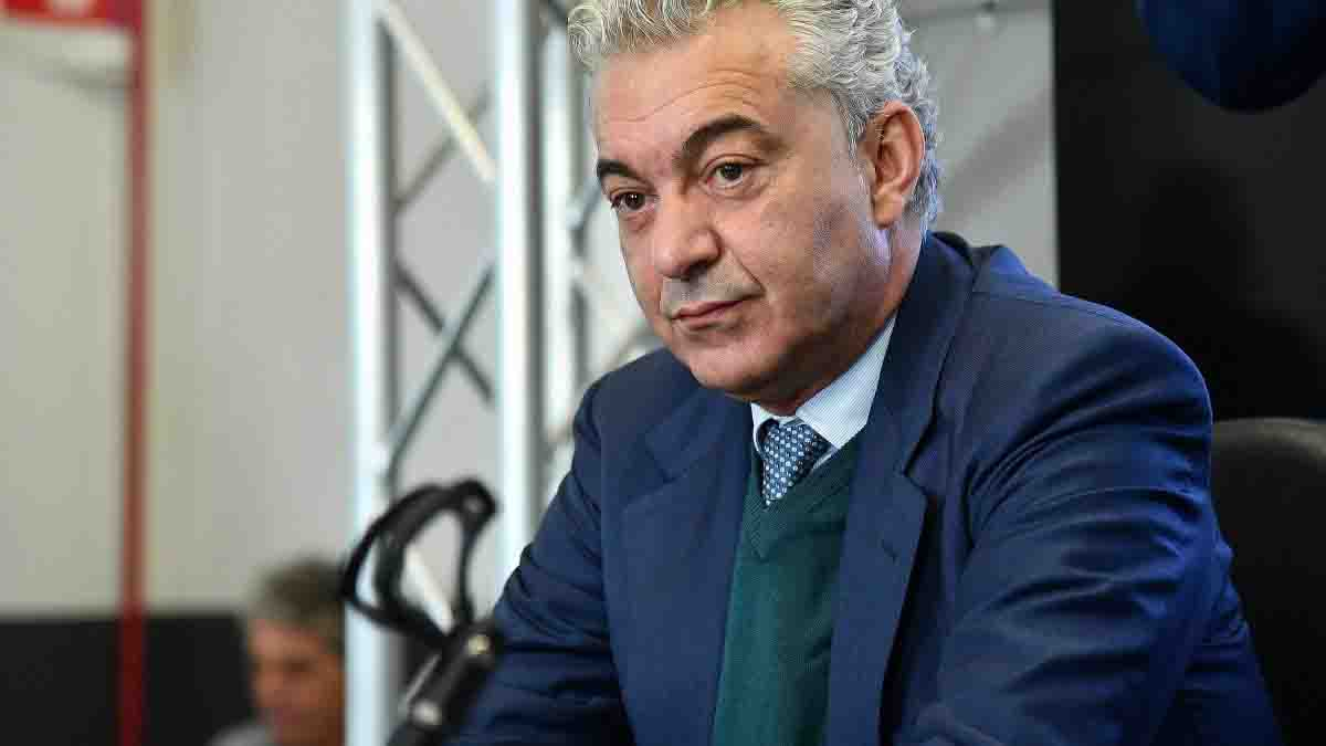 """Domenico Arcuri sul rientro a scuola: """"Dieci milioni di masc"""